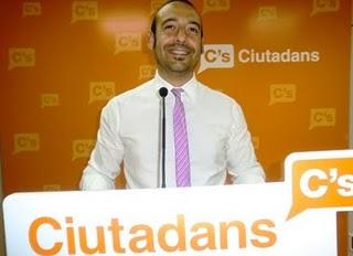 CIUTADANS: SI A LES MINARETS PERÓ NO A L'IMMERSIÓ LINGUISTICA