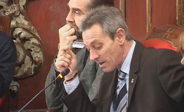 VIC: ELS PARTITS DE LA CASTA VOTEN CONTRA LA MOCIÓ DE PXC DE SUPRIMIR LA PAGA DE NADAL ALS CÀRRECS POLÍTICS MUNICIPALS